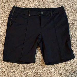 Women's lulu shorts size 12